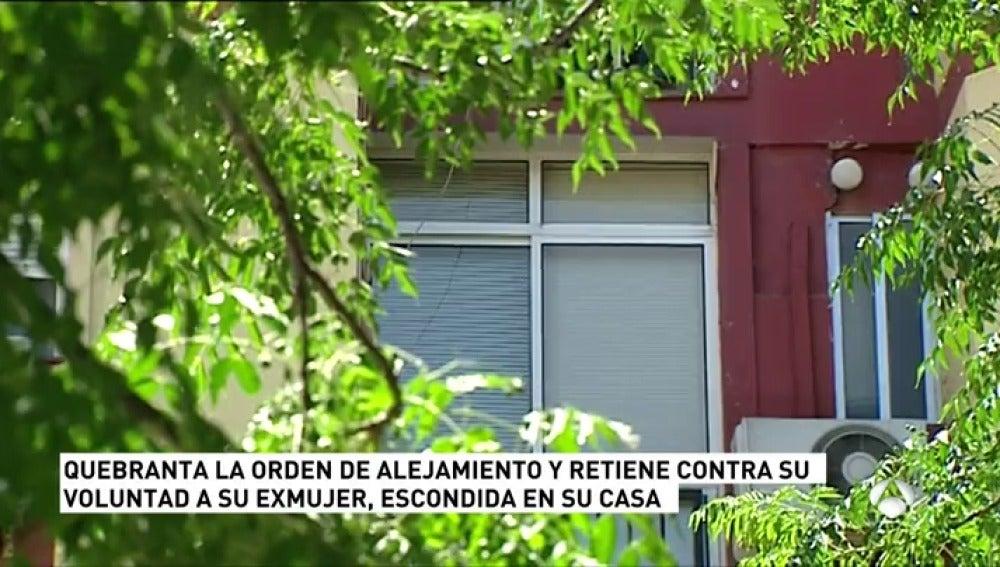 Antena 3 tv un hombre detenido por secuestrar a su for Apartamentos baratos en sevilla por dias