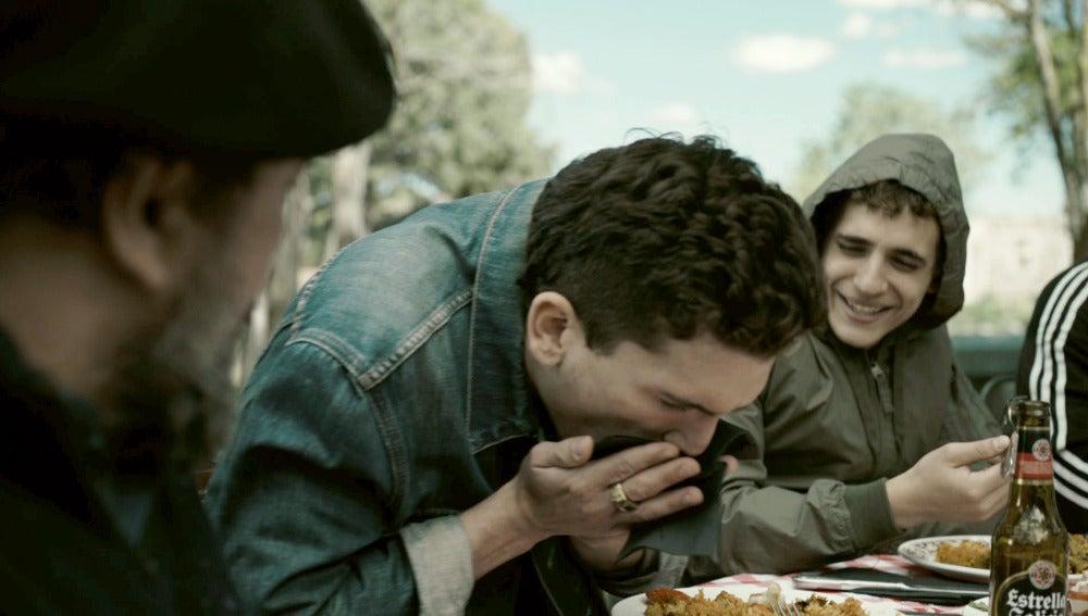 La tragedia de Denver durante la escena de la paella