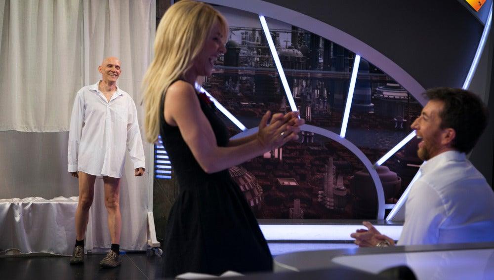 """Cayetana Guillén Cuervo se define como """"una experta en piernas femeninas"""""""