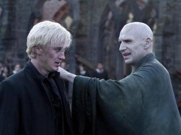 Draco Malfoy y Voldemort en la Batalla de Hogwarts