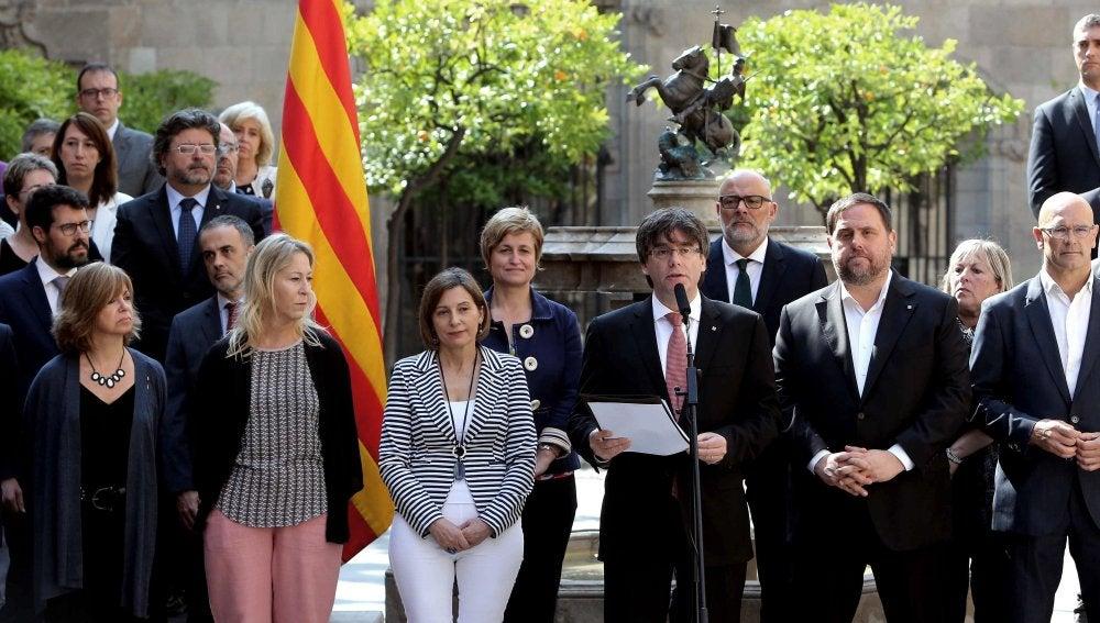 Puigdemont propone un referéndum el 1 de octubre