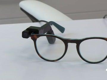 Crean una gafas inteligentes capaces de leer cualquier mensaje de texto y de reconocer a otras personas