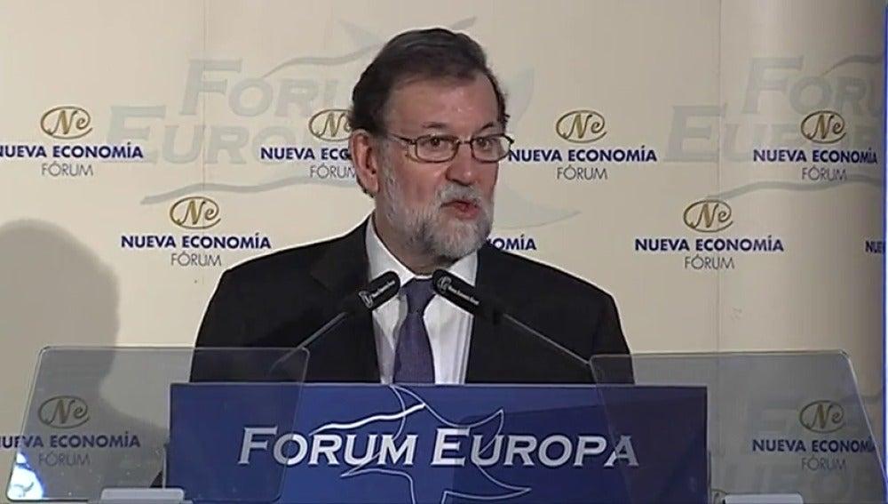"""Rajoy llama a la moderación a Sánchez porque el """"extremismo"""" y el """"griterío"""" no sirven """"para nada"""""""