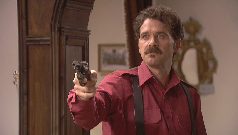 """Cristóbal a Francisca: """"Le meto una bala en el pecho como vuelva a parpadear"""""""