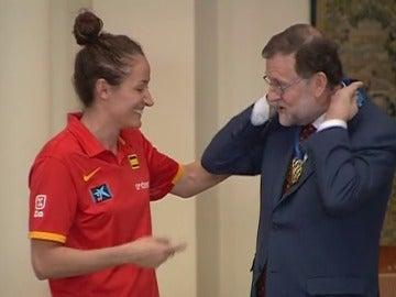 Rajoy recibe a las campeonas de Europa de baloncesto