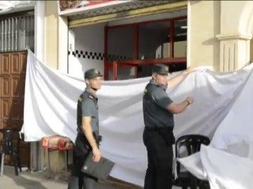 Un policía mata a un hombre, hiere a otro y luego se suicida en Valdepeñas (Jaén)
