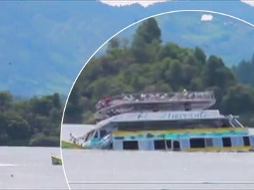 Al menos seis muertos y hasta 31 desaparecidos tras el naufragio de un barco en Colombia