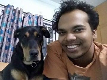 Un hombre es mordido por un cocodrilo al intentar salvar a su perro