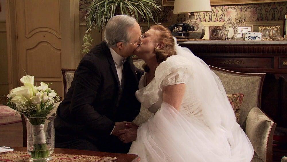 Pelayo anula la boda y demuestra su amor eterno a Fuen