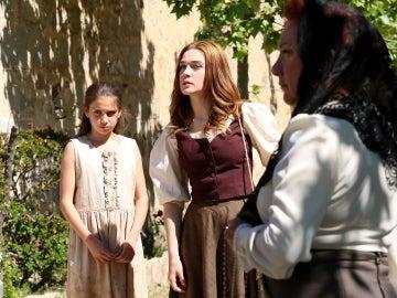 Julieta pierde el miedo de expresarse ante Francisca