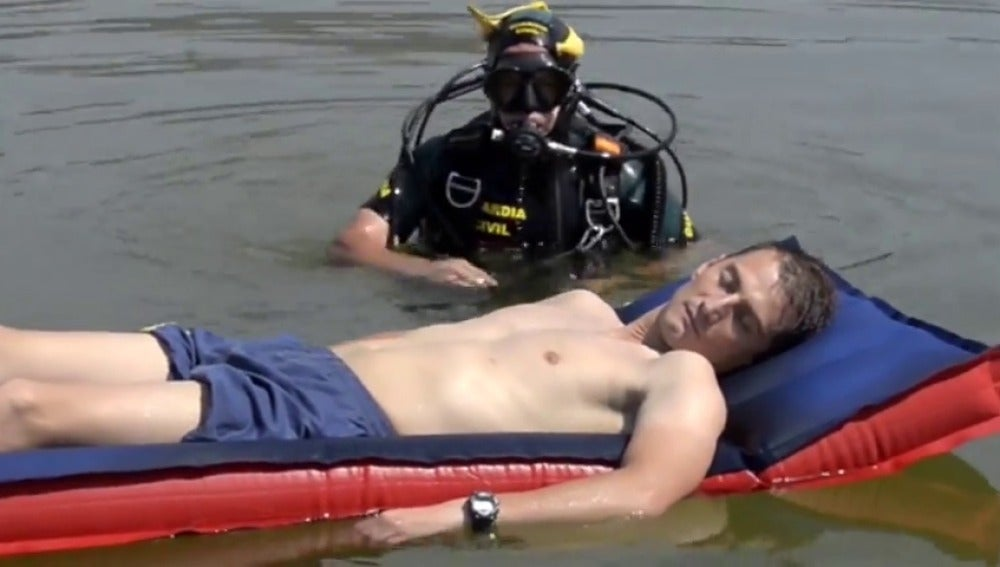 """La Guardia Civil presenta su campaña """"Ten cabeza"""" para disfrutar de un verano seguro"""