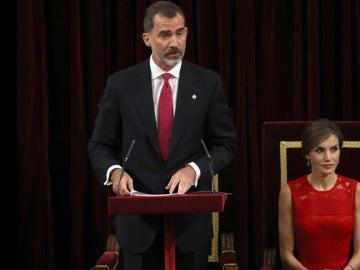 El Rey Felipe VI y la Reina Letizia en el acto del 40 aniversario de las primeras elecciones democráticas