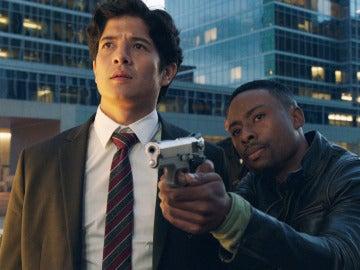 Un robo y asesinato para Carter y Lee