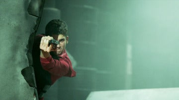 Nos liamos a tiros en 'La casa de papel' para crear una secuencia explosiva
