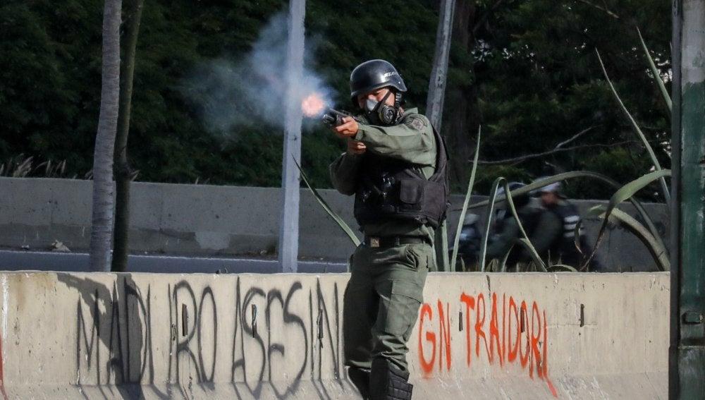 Gases lacrimógenos en Caracas
