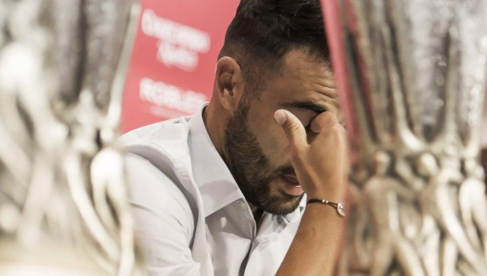 Iborra, emocionado en su despedida del Sevilla