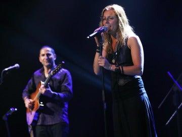 La cantante y líder del grupo musical español Chambao