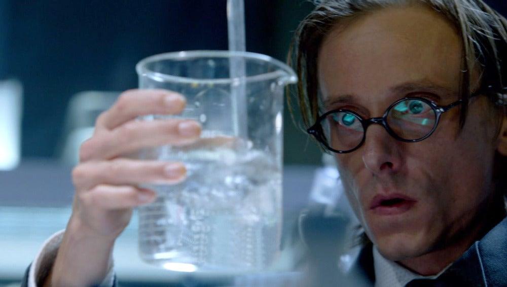 Rudy se hará pasar por cocinero de droga en la nueva investigación de Kennex y Dorian