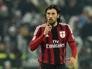 Cristian Zaccardo, durante un partido con el Milan
