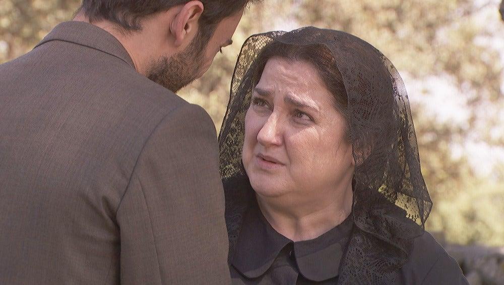 Saúl prometerá a Consuelo que encontrará a Julieta