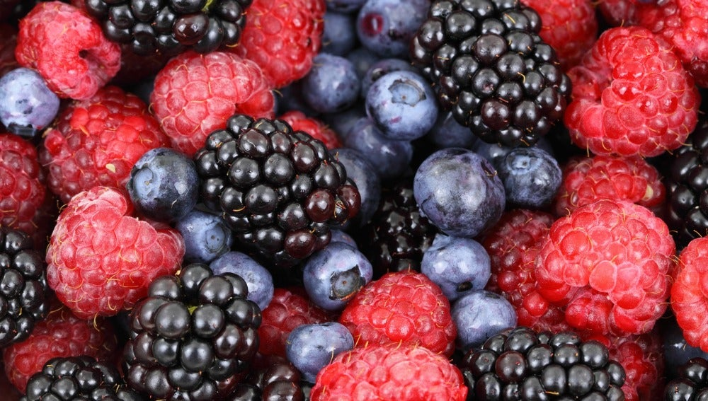 Los alimentos de color morado tienen propiedades diuréticas y antioxidantes