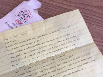 Carta que la abuela de Trevor le dejó escrita hace 26 años