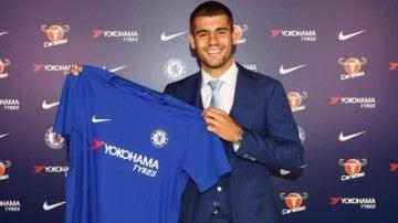 Morata con la camiseta del Chelsea