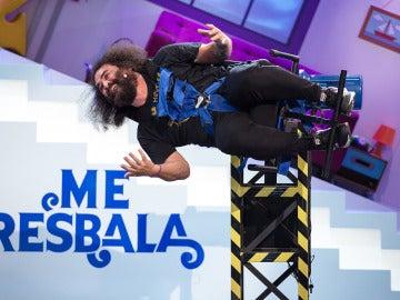 El Sevilla se suelta la melena para enfrentarse a los giros lingüísticos de 'Me Resbala'