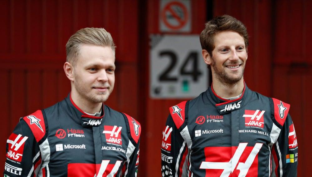 Grosjean y Magnussen, pilotos de Haas
