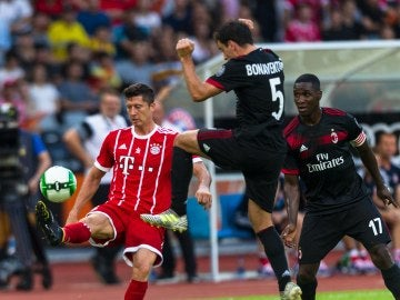 Bayern - Milán, gira asiática