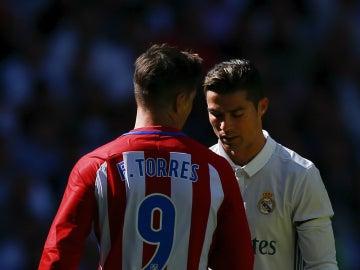 Fernando Torres, con Cristiano Ronaldo