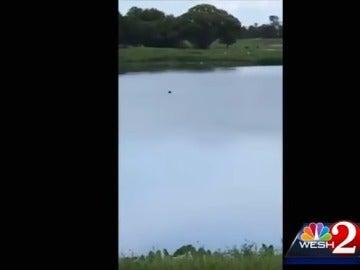 Imagen del hombre ahogándose
