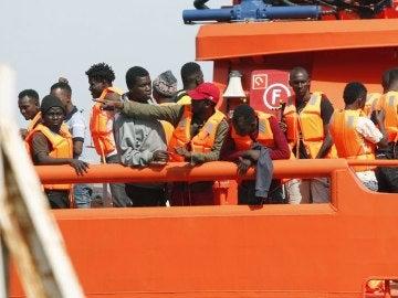 208 inmigrantes rescatados