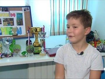 Así es Nacho, el español de 8 años que se ha proclamado campeón del mundo de cálculo