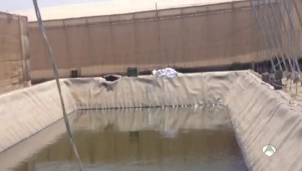 Mueren un hombre y una mujer ahogados en Níjar cuando intentaban socorrer a una perra