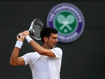 Novak Djokovic disputando un partido