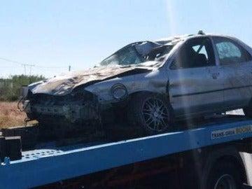Así quedó el vehículo que arrolló y mató a tres ciclistas en Oliva