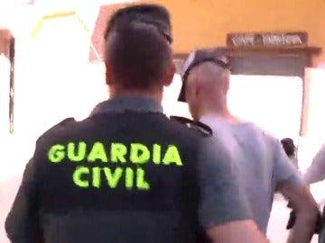 El detenido por tratar de raptar a dos niños pudo haber consumido drogas