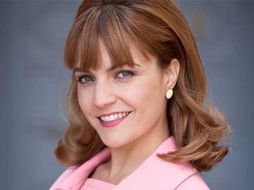 Cristina González es Mónica Valero