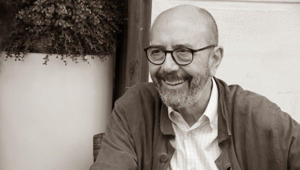 Miguel Rellán es Damaso