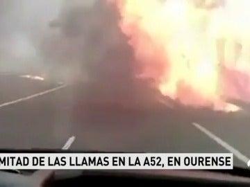 El incendio de Verín deja imágenes de auténtico pánico al llegar el fuego a una de las carreteras