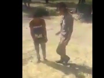 Detenidos tres soldados turcos por maltratar a refugiados sirios