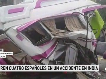 Cuatro turistas españoles y un conductor indio muertos en un accidente de tráfico en el sur de la India