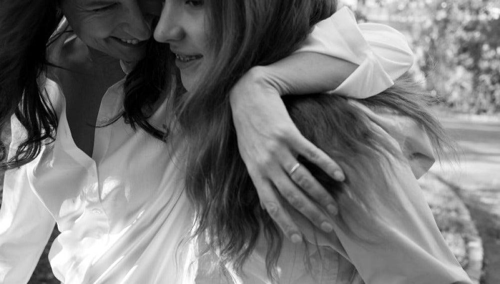 Pia de Jong y su hija Charlotte