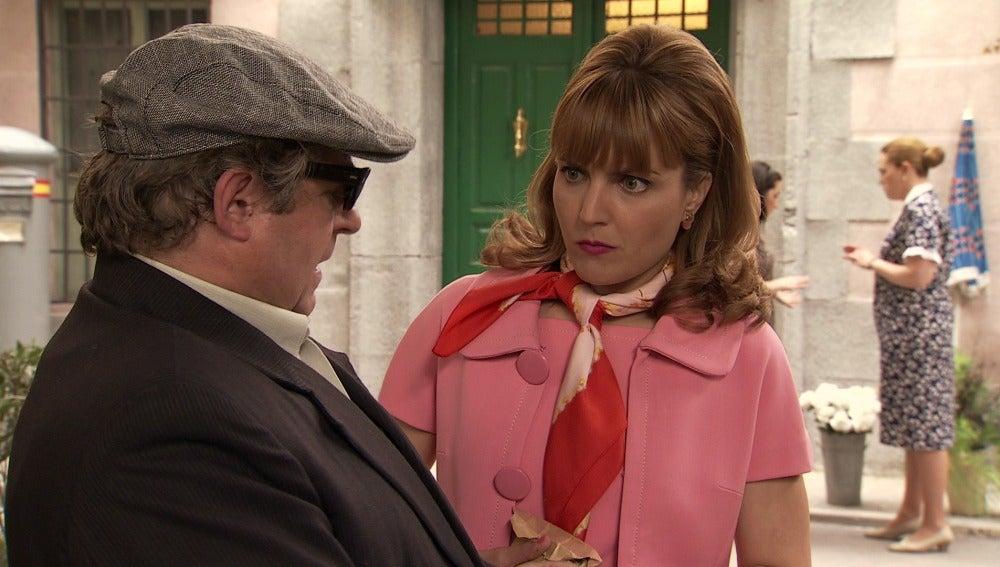 Sebas confunde a Mónica con la prima de Maroto