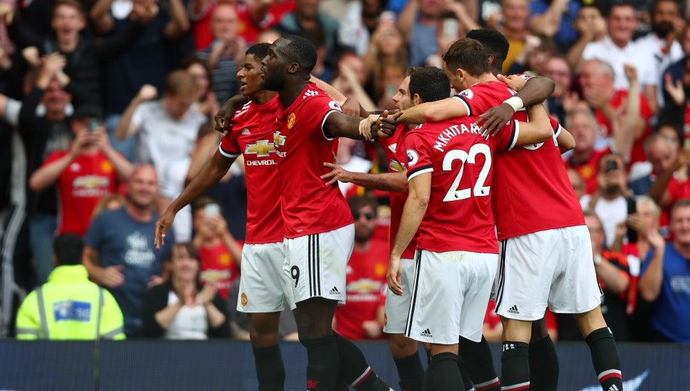 Lukaku celebra uno de sus goles ante el West Ham United