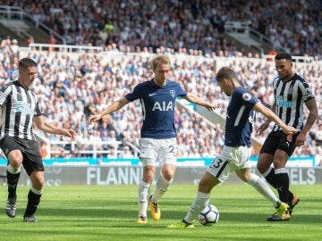 El Tottenham frena al Newcastle