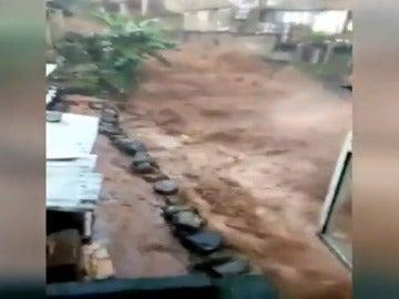 Más de 200 muertos en Sierra Leona por un desprendimiento de terreno a causa de las lluvias