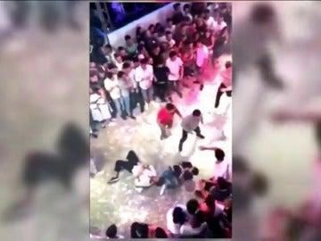 Duras imágenes de la agresión mortal al joven italiano en una discoteca de Lloret de Mar