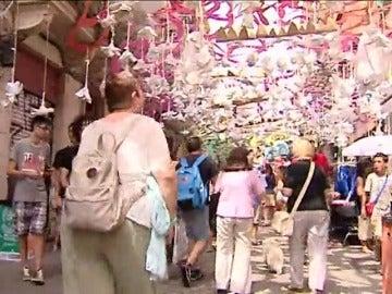 El barrio de Gràcia se engalana para sus fiestas